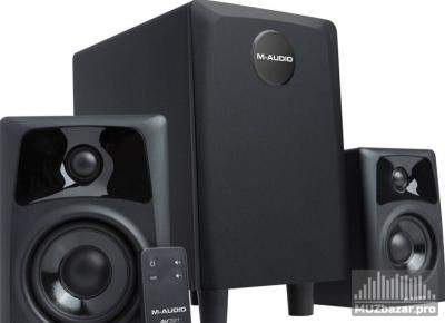 M-Audio (Midiman) AV32.1